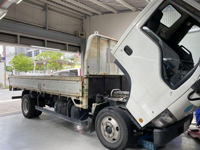 いすゞ エルフトラック オーバーヒート点検修理 ラジエター交換 大阪府枚方市より