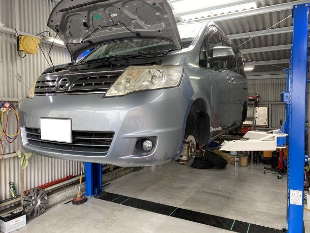 日産 セレナ 車検依頼 法定24ヵ月点検 認証整備工場による車検整備 大阪府大東市より